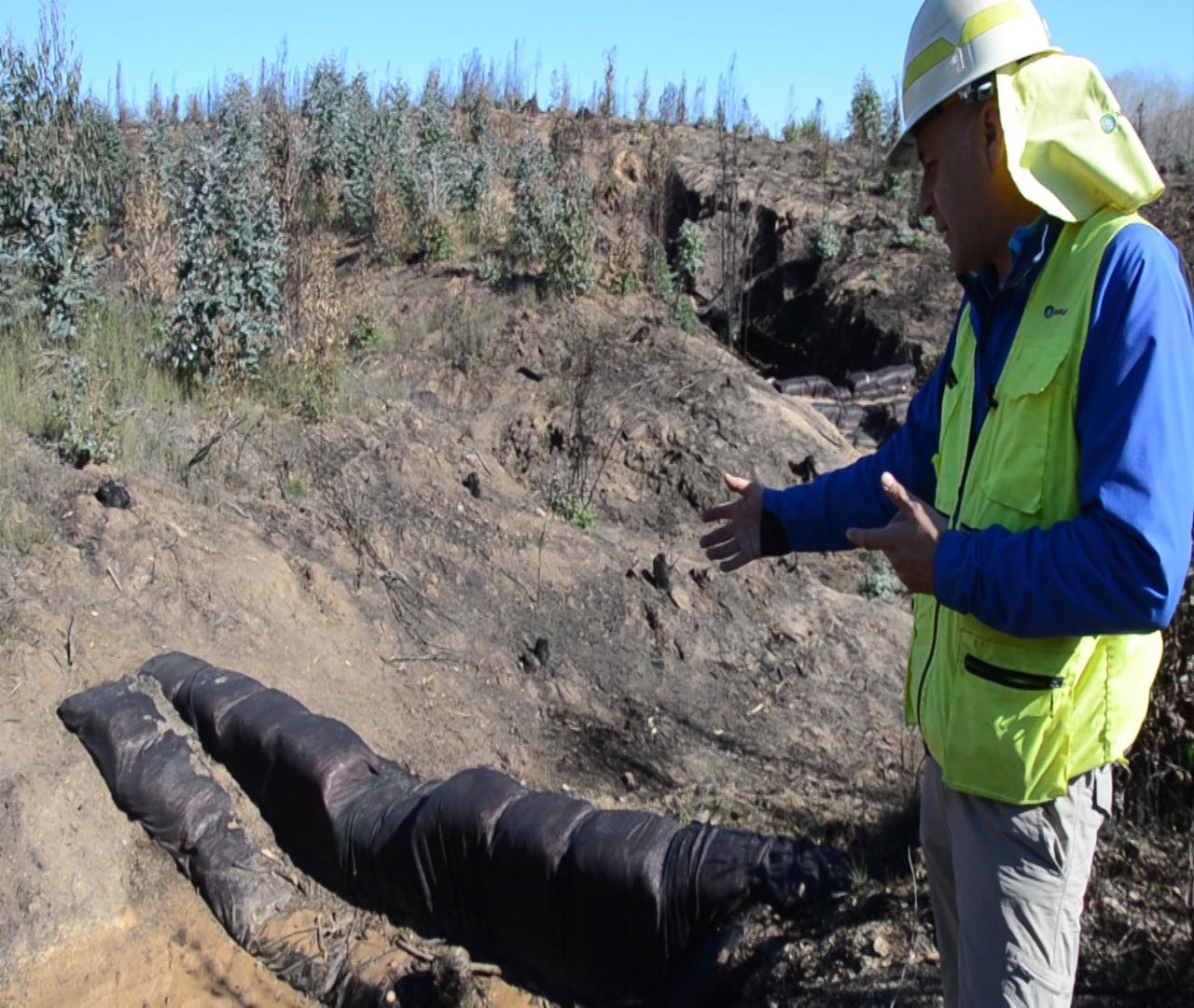 Con trabajos en laderas y quebradas protegen cuencas abastecedoras de agua