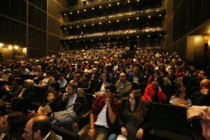 https://www.arauco.cl/chile/wp-content/uploads/sites/14/2018/12/Convenio-Arauco-Teatro-Biobio-4-min-300x200.jpg